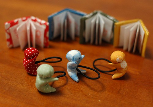 Sarubobo and miniature books
