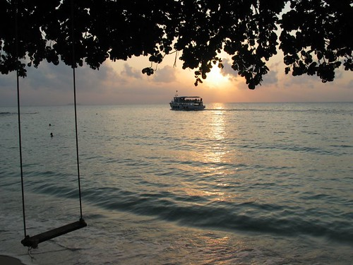 Dawn at Ao Cho, Ko Samet