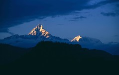 Pokhara, view to Machhapuchhre / Fishtail (blauepics) Tags: schnee nepal snow mountains nature trekking landscape rocks asia earth natur berge himalaya circuit landschaft felsen earthasia visipix