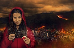 Little Miss Revolution (Caps!) Tags: city portrait girl photomanipulation photoshop fire little retrato venezuela creative ciudad manipulation caracas nia revolution fuego matches miss incendio proyecto fsforo 10aos strobist 5212semanas 123xtodos