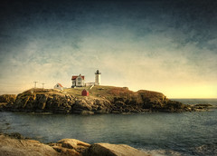 Nubble Light #3 (Patrick Campagnone) Tags: york november lighthouse canon maine newengland hdr highdynamicrange mainecoast nubblelight yorkbeach imago ef1740f4l nubblelighthouse 40d fabulae