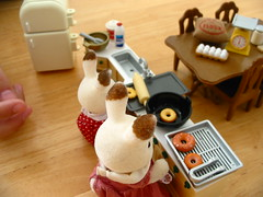 Making doughnut at the Sylvanian family
