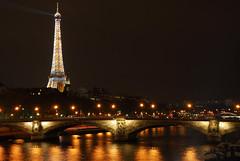 Cold & Lights (Guillaume Noirot) Tags: bridge 3 paris france cold seine night nikon tour iii pont d200 alexandre nuit effeil pontdesinvalides
