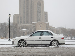 SANY3206 (t3hWIT) Tags: plaza winter snow storm cold ice weather pittsburgh cathedral snowstorm subaru flurries learning l pitt mode impreza wrx sti flurry schenley rs25
