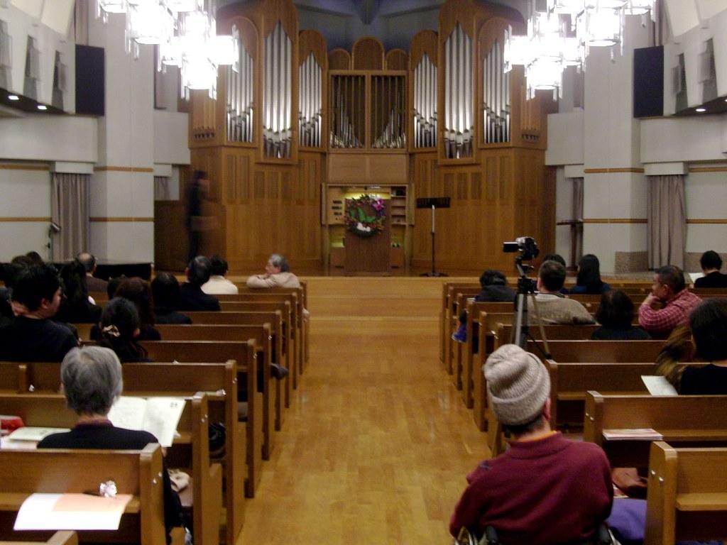 SDA大阪センター教会のクリスマス・パイプオルガン・コンサート