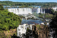 The endless River (*Capture the Moment*) Tags: 2016 brasilien brazil bäume fozdeiguazu iguacu jungle landschaften rainbow regenbogen sonne sonye18200mmoss sonynex7 sun trees urwald wasserfälle waterfalls wetter