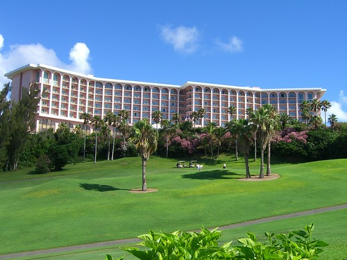 Flight + Hotel (7 nights) at the Fairmont Southampton in ...