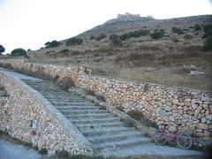 Favignana, salita pedonale alla fortezza di S. Caterina, inizio (Davide Masoero) Tags: italy italia sicily sicilia favignana isoleegadi egadiislands