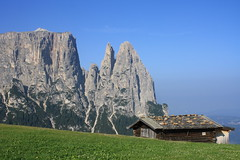 Lo Sciliar (Dani_1966) Tags: italy mountain holiday mountains alps nature landscape landscapes italia natura alpi dolomites dolomiti bolzano monti altoadige sciliar alpedisiusi anawesomeshot
