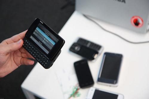 Nokia N900-3