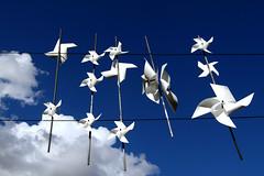 Molinillos al cielo (Parrywell) Tags: blue sky azul clouds wind viento molino cielo nubes