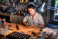Craftsman  Artesano, Santillana del Mar HDR (marcp_dmoz) Tags: portrait espaa canon collier ceramic handicraft eos spain map retrato ring glaze workshop taller handheld earrings colgantes craftsman tone hdr spanien artesana cermica cantabria anillos handwerk atelier pendants keramik pendientes santillanadelmar artesano esmalte photomatix 50d ohrring emailliert