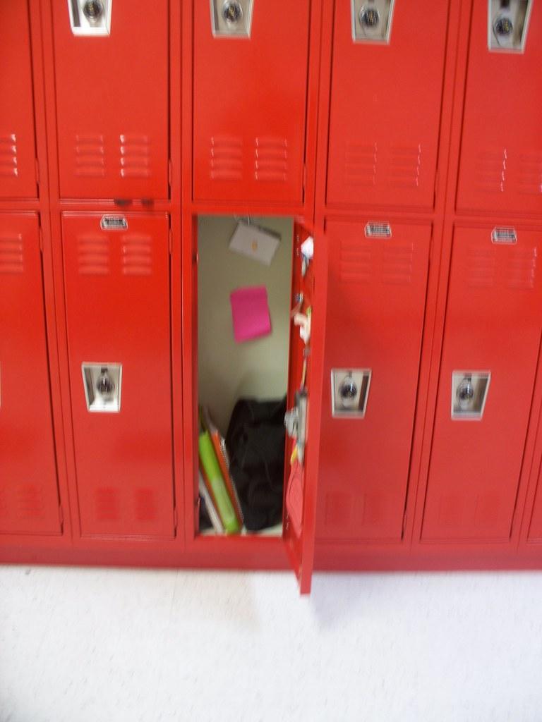 locker!!