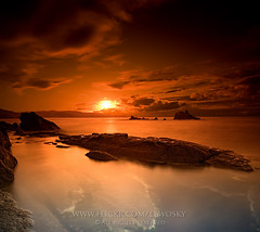 Tell me go back home (Lewosky) Tags: sunset sea beach corua rocks dri cokin arteixo tokina124 canon400d lewosky cokintobacco