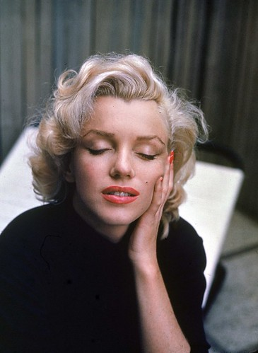 Marilyn Monroe by Alfred Eisenstaedt by CaRo...!!!