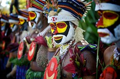 Colors of Mt. Hagen (Dave Schreier) Tags: new color men face guinea colorful paint feathers tribal lips papua headdress
