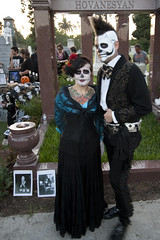 4.100 (johnwilliamsphd) Tags: california ca portrait copyright black cemetery john dayofthedead dead skeleton death skull la losangeles costume williams faces painted c streetportrait altar hollywood mohawk diadelosmuertos hollywoodforever  williams john 100strangers johncwilliams hovanesyan guerrillafotocom johnwilliamsphd phd