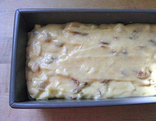 rum_raisin_apple_loaf_b
