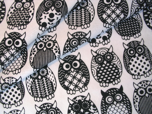 Owl Parliament in licorice black - folds