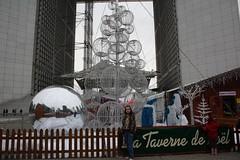 La_Dfense_0395 (Gilles Couteau) Tags: ladfense puteaux archedeladfense esplanadedeladfense