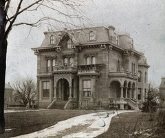 990 Woodward Ave (southofbloor) Tags: house building architecture detroit victorian villa italianate