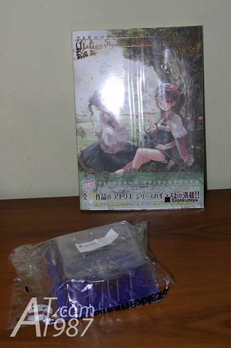 Atelier Series Official Chronicle and Konata VF-25