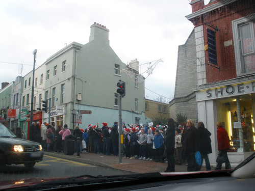 Elves singing in Bray =P