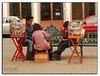 Pokar202 (-Karonte-) Tags: sancristobaldelascasas baraja vendedores indigenaschiapas indigenouschild niñosindigenas josemanuelarrazate