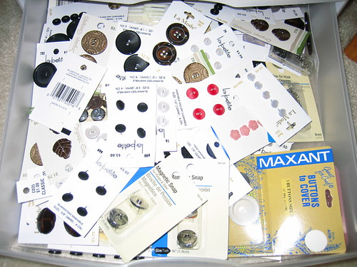 Drawer buttons