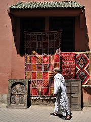 The Souk: mixture of patterns (Fabrice Drevon) Tags: color mix nikon patterns morroco marrakech souk dx d90 1685mm fabricedrevon