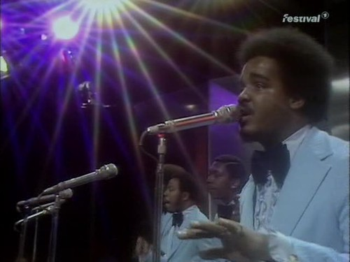 Top of the Pops (2 May 1974) [TVRip (XviD)] preview 7