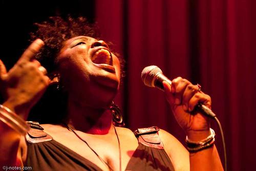 20090729 Valerie Troutt @ Yoshi's SF 01