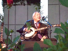Earl Scruggs with Family and Friends in Grand Rapids, MI #7