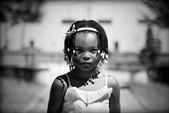 [フリー画像] [人物写真] [子供ポートレイト] [外国の子供] [少女/女の子] [モノクロ写真]      [フリー素材]