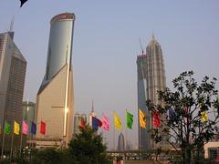 SH-2007-Pics-1947 (Tai Pan of HK) Tags: china shanghai financialdistrict  88 pudong jinmao jinmaotower lujiazui swfc pudongnewarea proc  jnmodsh shanghaiworldfinancialcenter goldenprosperitybuilding shnghish pdngxnq ljizu lusmouth