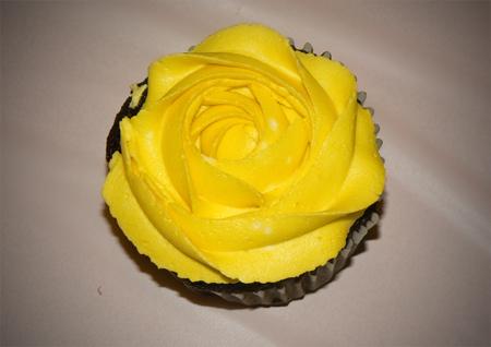 cupcake rose rosette closed star tip