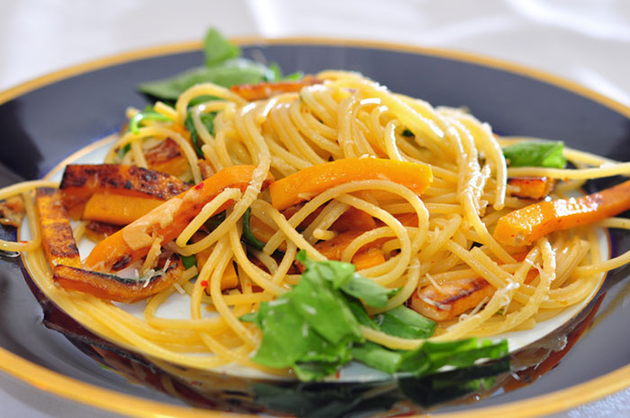 spaghetti pasta with butternut squash
