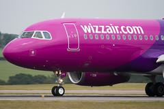 HA-LPV - 3927 - Wizzair - Airbus A320-232 - Luton - 090622 - Steven Gray - IMG_4698