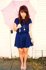 (kaleia) Tags: fashion umbrella vintage bluedress vintageglasses pinkumbrella goldlocket kaleiapozzani
