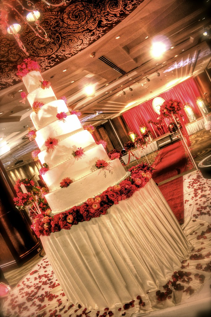 Bangkok Wedding InterContinental Crimson Red Cake