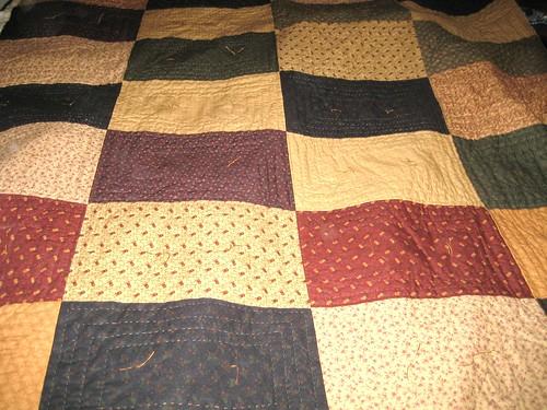 Moms quilt, tied.