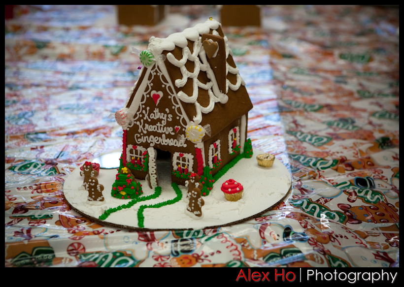 4210307230 2f5c2327a8 o Gingerbread House
