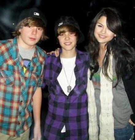 justine bieber images. Justin Bieber And Selena