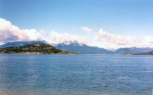 Reserva Natural Isla Redonda en el Canal de Beagle, entre el  Parque Nacional  TIERRA DEL FUEGO,  Isla Navarino e Isla Hoste de  Chile # Original= (957 x 598)
