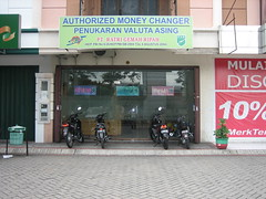 RatriMoneyChanger_1 (ratrimoneychanger) Tags: money indonesia changer exchange rates usd kurs moneychanger 8280 ratri jombang