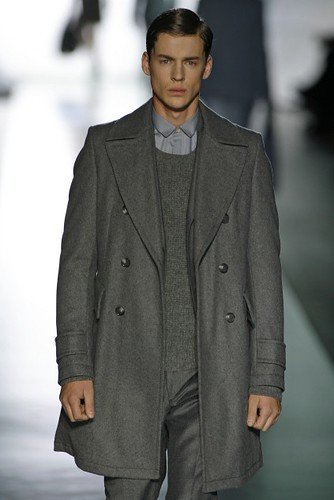 Luiz Afonso Schwab3034_FW09 Berlin JOOP(first VIEW)