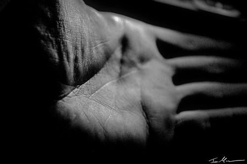 Hand 2.