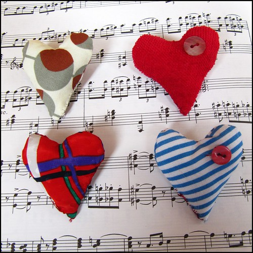 small heart brooches; brooch bin badge etsy craft sewing handmade red heart love stripes vintage cute