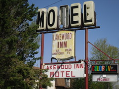Old Motel (Cragin Spring) Tags: old lake sign vintage retro decaying motels televisions vintagemotelsigns