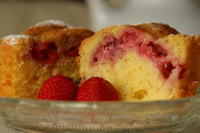 torta morbida alle fragole 5